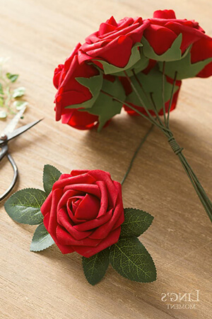 Moment Artificial Flowers (25 or 50 pcs)